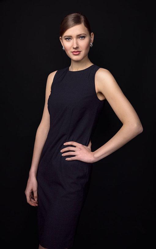 Design din Jacqueline kjole med Audrey Concept